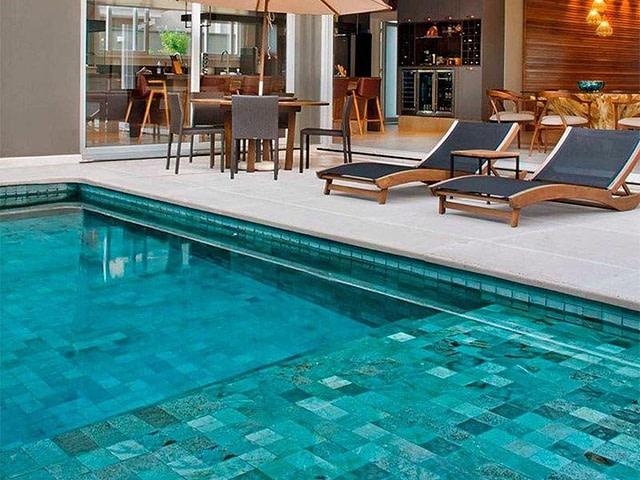 Tipos de revestimentos para piscina