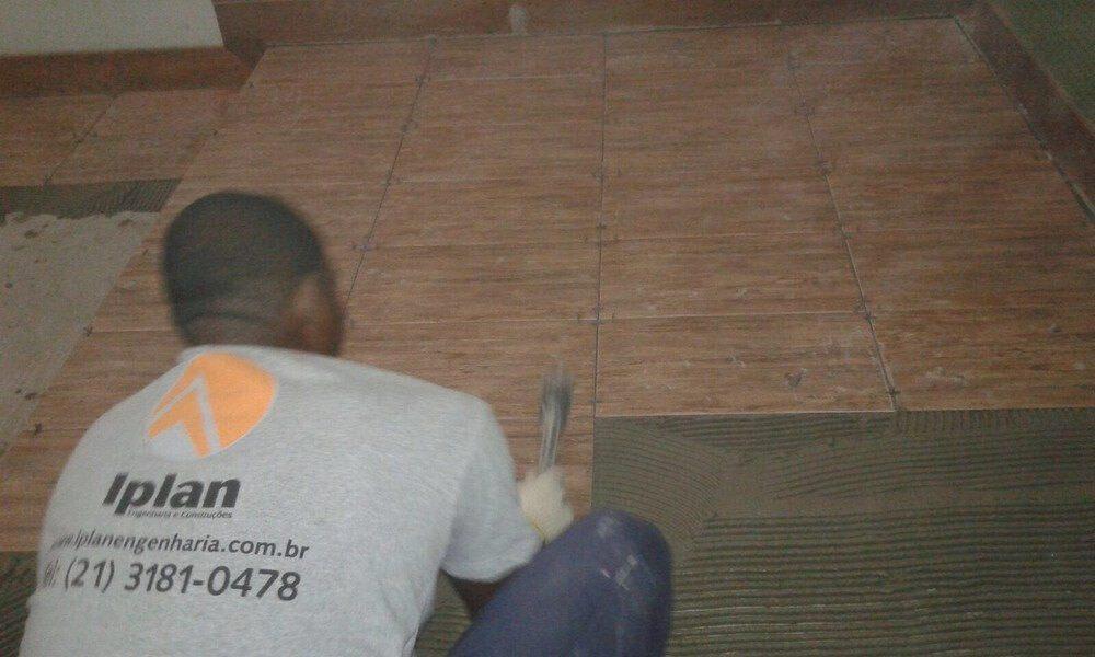 Colocação de piso I