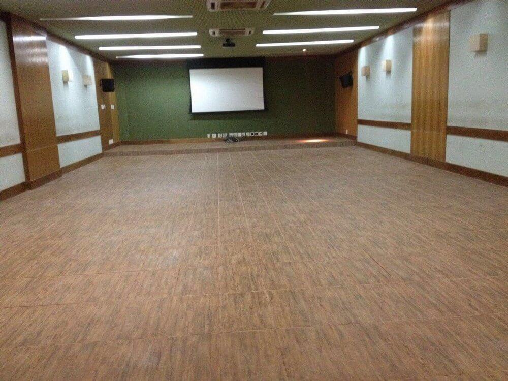 Auditório vazio